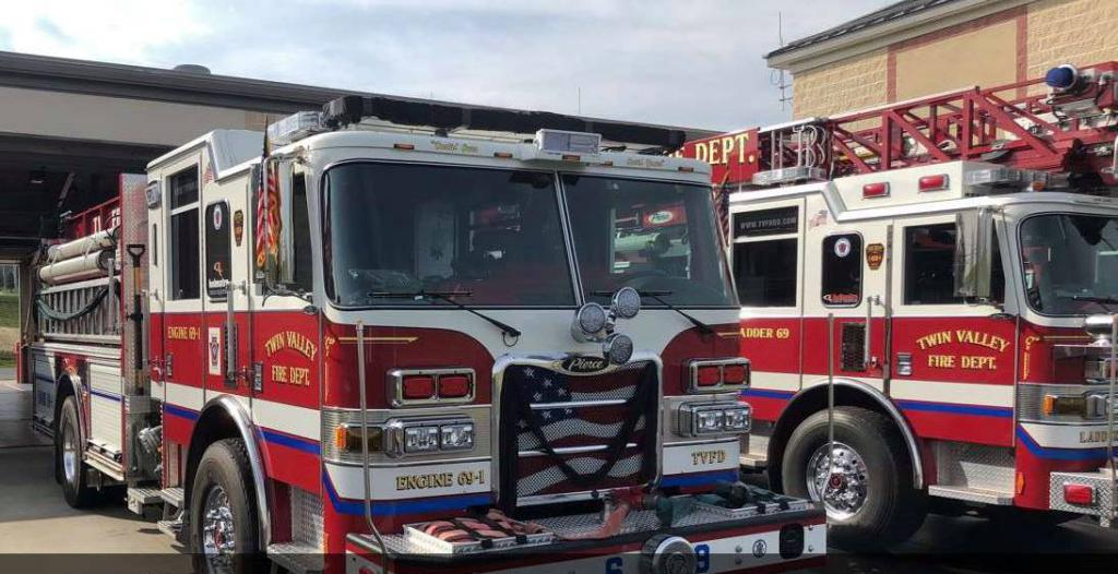 Engine 69-1 preparing to lead the procession